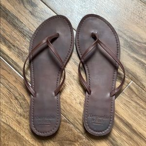 Abercrombie and Fitch Leather Thong Sandals